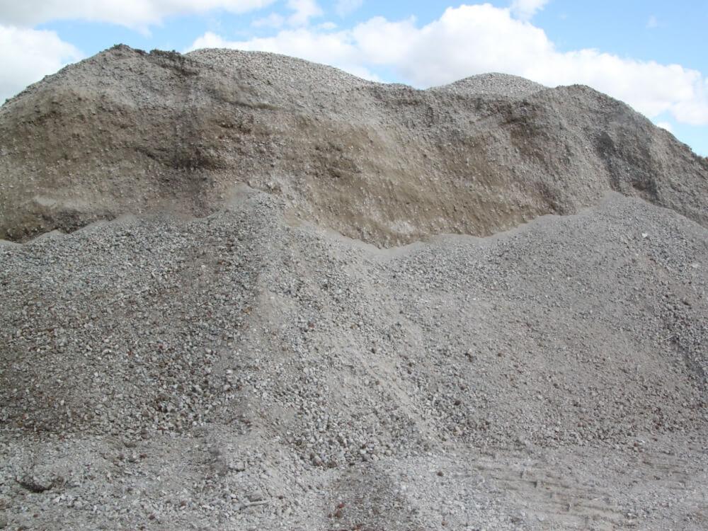 Vente de matériaux recyclés - Concassé Béton 0/31,5 par Helfaut Travaux