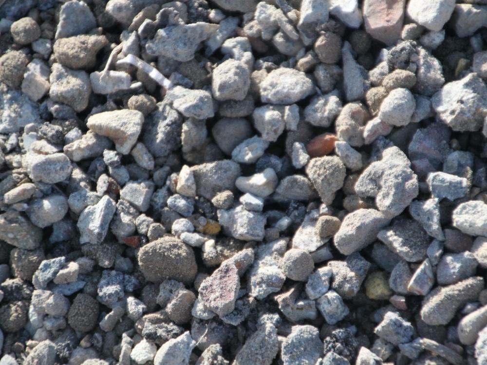 Vente de matériaux recyclés - Concassé 40/80 béton - drainant - Helfaut Travaux